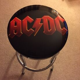 Bar stool AC/DC