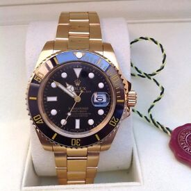 New Mens bagged and boxed gold bracelet black face black bezel Rolex submariner automatic sweeping m