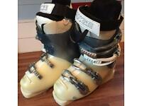 Lange Exclusive 8 women's Ski Boots size 2 mondo point 23