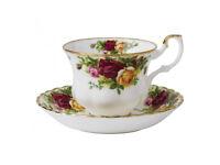 Royal Albert 'Country Roses' 18 piece tea set