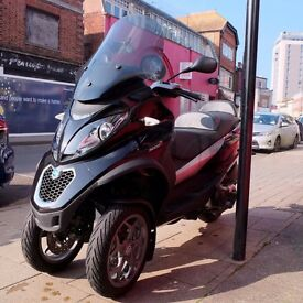 Piaggio MP3 500 LT ABS Scooter 3 wheel Trike Can be ridden on car licence