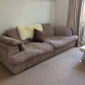 Sofa ... huge & comfy !