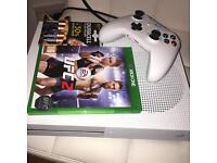 White Xbox one /// £150