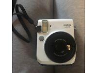 White Fujifilm Instax Mini 70