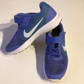 Kids Nike trainers 13UK