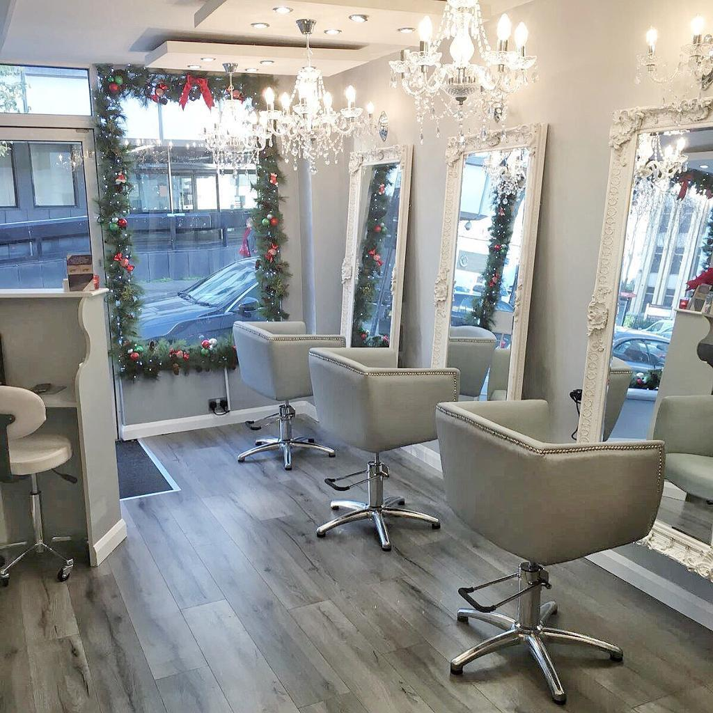 Chair To Rent in Islington Salon
