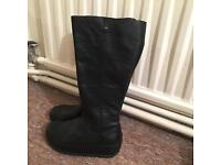 Fitflop leather boots size 4