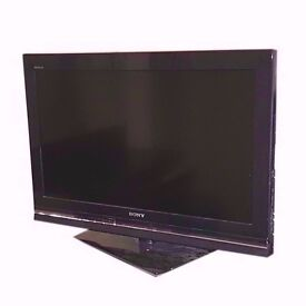 "SONY 32"" LCD TV (BROKEN SCREEN, FOR PARTS ONLY) KDL-32W5500"