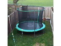 10ft trampoline in excellent condition
