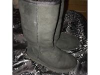 Genuine ugg boots size 3.5