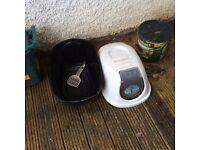 Cat Litter Tray enclosed type Freeeeeeee!!