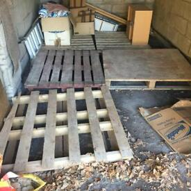 FREE - 5 wooden pallets