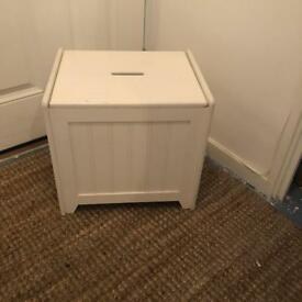 White Laundry Storage Box Freestanding With Lid