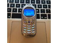 VERY RARE Motorola C115 CLASSIC RETRO Unlocked Mobile SmartPhone in Silver + Charger + Sim Card
