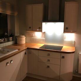Kitchen units & appliances for sale