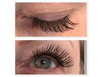 Individual full eyelashes extensions