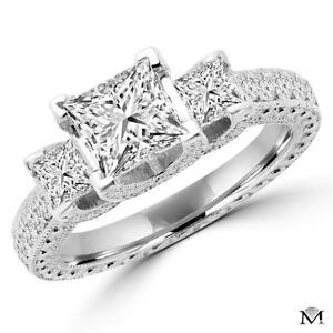 BAGUE DE MARIAGE 3 DIAMANTS 2.50 CARAT TOTAL/ THREE STONE ENGAGEMENT RING 2.50 TOTAL DIAMOND CARAT WEIGHT