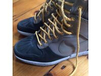Nike winter boots Size 7