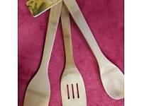 Bamboo 3 piece utensils set.