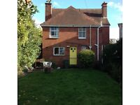 Double room in huge, characterful house-share with a garden, an Aga and very sociable housemates