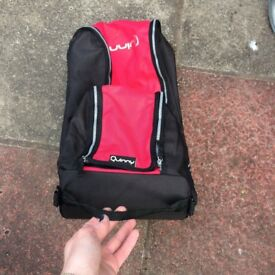 Quinny Zapp carry bag with carry handle, red/black.