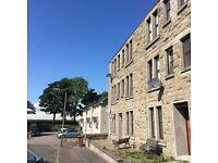 Unfurnished, 1 bedroom 1st floor flat - Wellgrove Dundee
