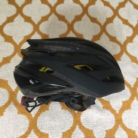 Bontrager Circuit MIPS Cycling Helmet. Size Small 51 - 57. Black. RRP £115