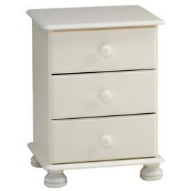 Richmond 3 drawer Bedside cabenet