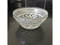 Vintage glass serving dish with sunburst base - in excellent condition