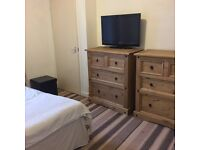 Large Double room for rent in Rosemount, Aberdeen, sharing flat with a female professional