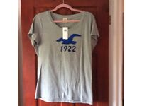 LADIES HOLLISTER T SHIRT - BRAND NEW WITH TAGS - SIZE LARGE