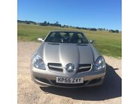 Stunning SLK 200 Automatic, very low mileage for year