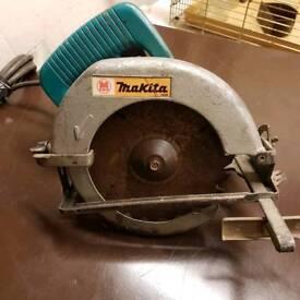 Makita 240v circular saw
