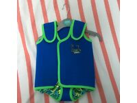 Brand new Zoggs neoprene baby swim wrap 3-6 months
