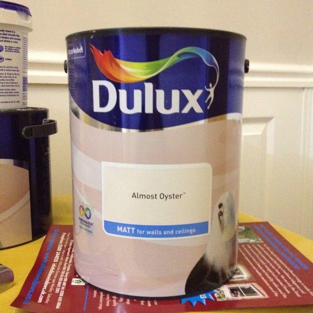 dulux almost oyster 5l matt paint in sutton london. Black Bedroom Furniture Sets. Home Design Ideas
