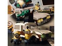 Minions Station Wagon Escape - Mega Bloks (Like Lego)