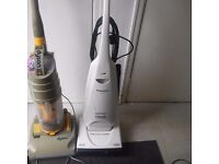 Dyson hoover and upright hoover/sale