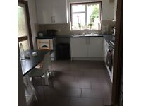Huge Double Room Avail Now in Great House in Stoke Newington