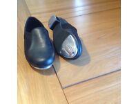 Women's tap shoes size 6. Excellent condition