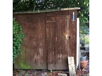 2 Wodden sheds and used wood