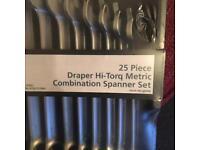 25 piece spanner set
