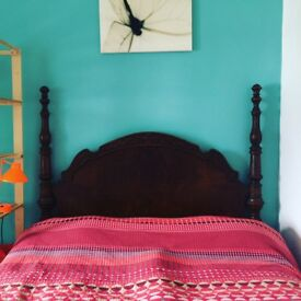 Bright Double Room with Garden View in Beautiful Family House FREE BILLS/WIFI