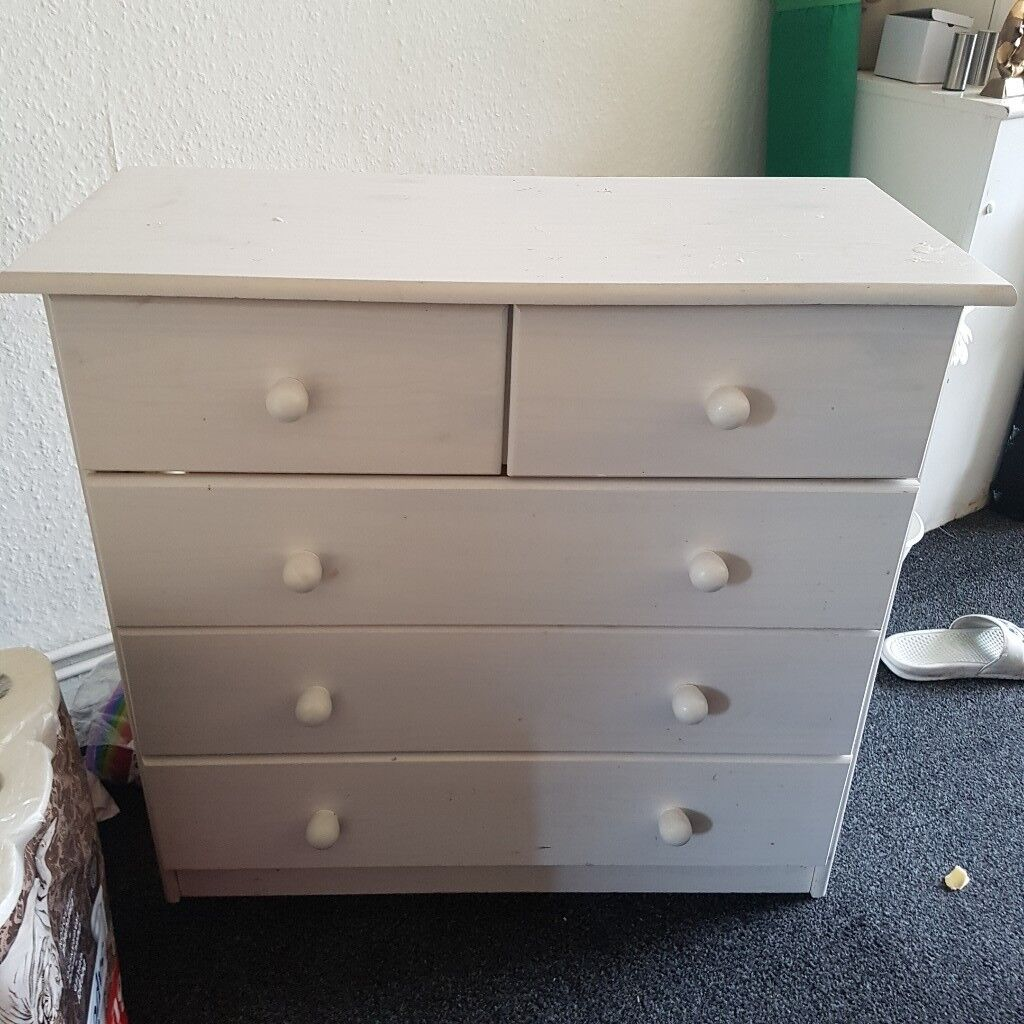 White Chest Of Drawers Wood Effect In Mapperley Nottinghamshire