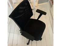 Black Sedus office chair Mesh