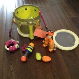 Beautiful kids music set including a drum, drum sticks, shakers etc - VGC