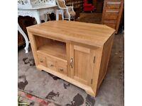 Solid Oak Corner TV stand Cabinet Unit Oak Furnitureland (Bevel Range) (Delivery Available)