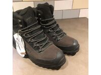 Carn Walking Boots, new and unworn, size 9, 43