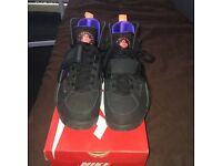 Nike Hurarches Size 8.5 (£40)