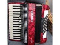 Hohner Bravo lll 72 bass accordion