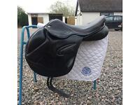 Adam Ellis Mono Event Saddle (black) *offers considered*